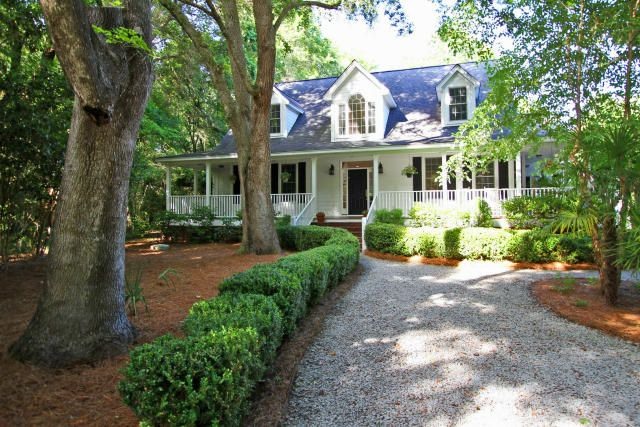 748 Darrell Creek Trail Mount Pleasant, SC 29466