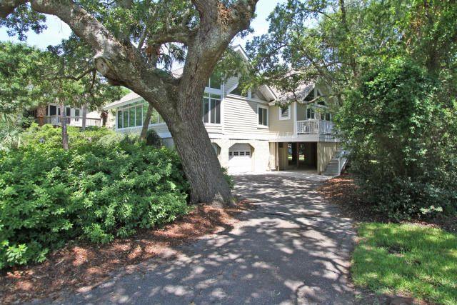 30 W Beachwood Isle Of Palms, SC 29451