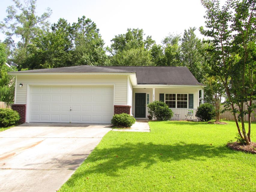 7876  Longshadow Lane North Charleston, SC 29406