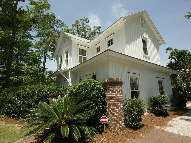 63  Robert Mills Circle Mount Pleasant, SC 29464