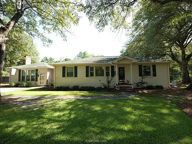 115  Oak Drive Summerville, SC 29483