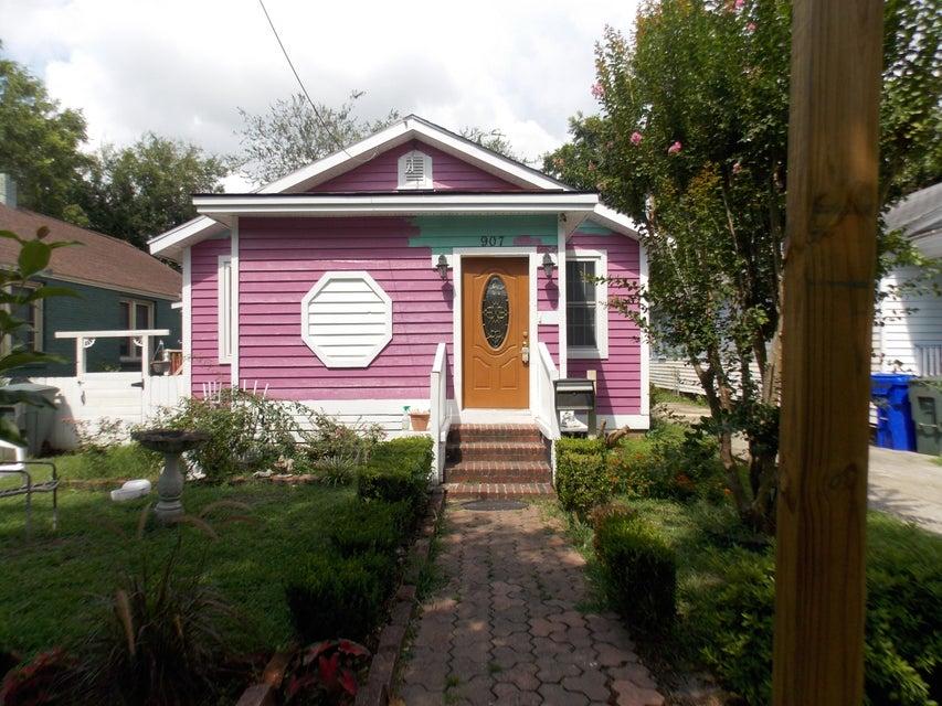 907  Ashley Avenue Charleston, SC 29403
