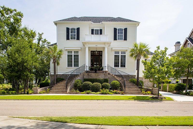 332 Rhoden Island Drive Charleston, SC 29492