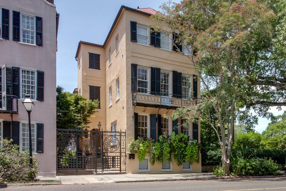 27  Meeting Street Charleston, SC 29401