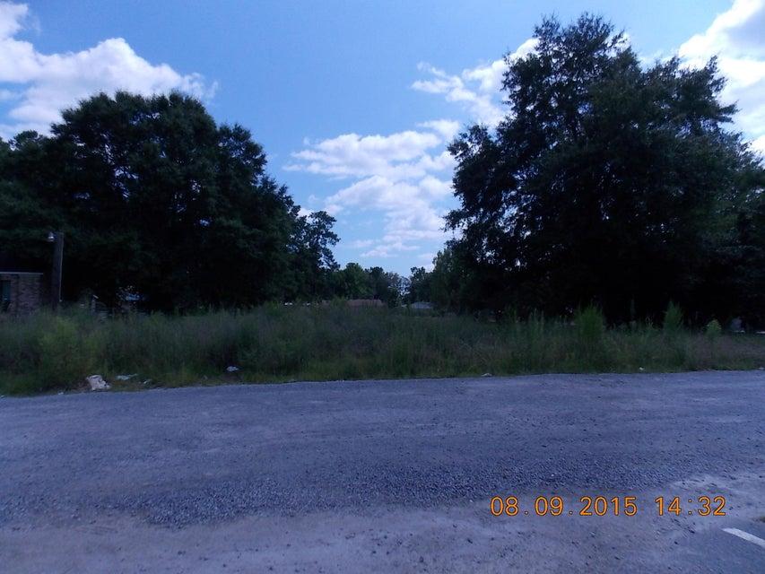 North Main Street Summerville, SC 29486
