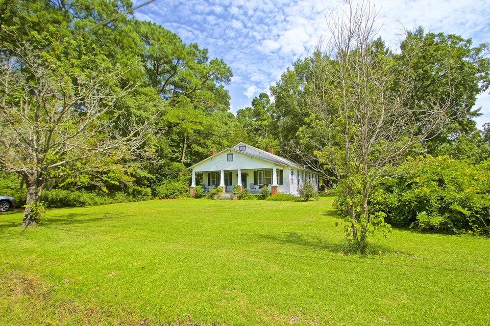920  Griffith Acres Drive Cottageville, SC 29435
