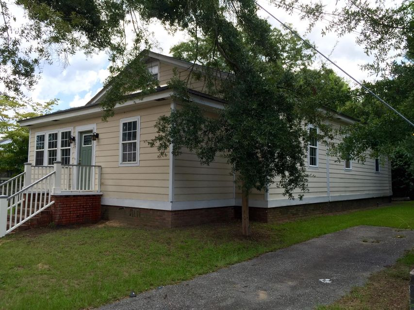 1825 Leland Street North Charleston, SC 29405
