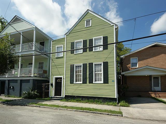 39  Drake Street Charleston, SC 29403