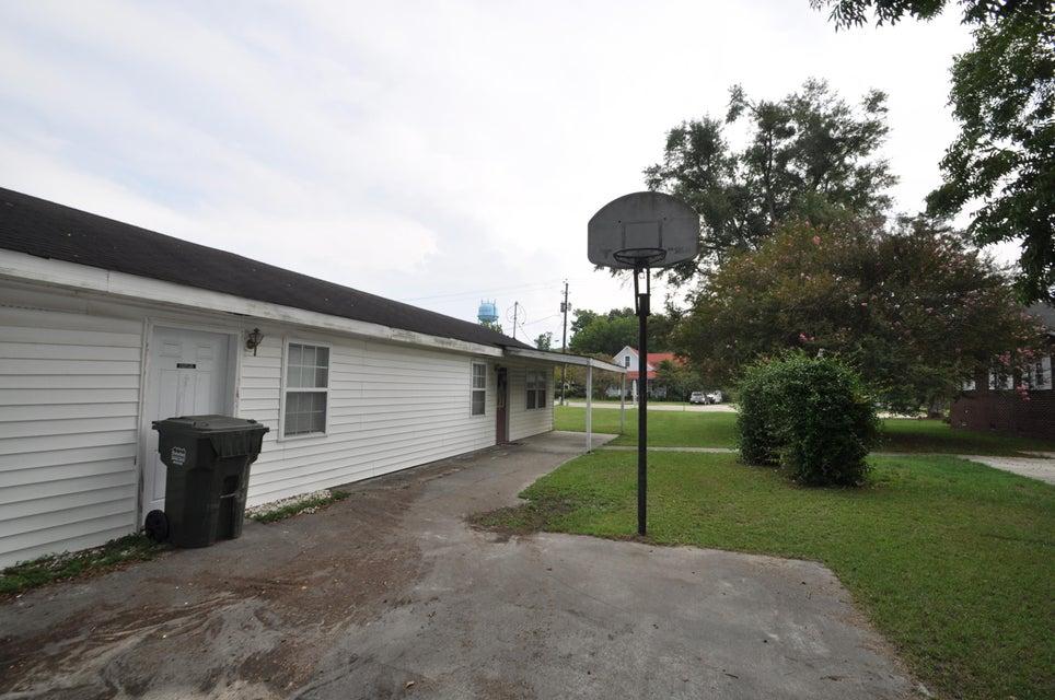 134 W Main Street Harleyville, SC 29448