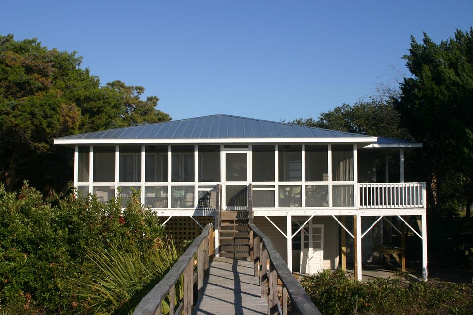 3528  Yacht Club Road Edisto Beach, SC 29438