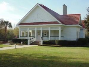 1800  Delacourt Avenue Mount Pleasant, SC 29466