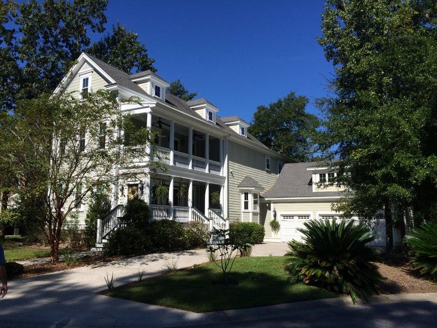 692 Fair Spring Drive Charleston, SC 29414