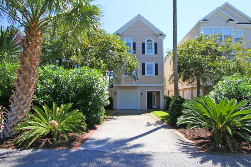 22  Commons Court Isle Of Palms, SC 29451