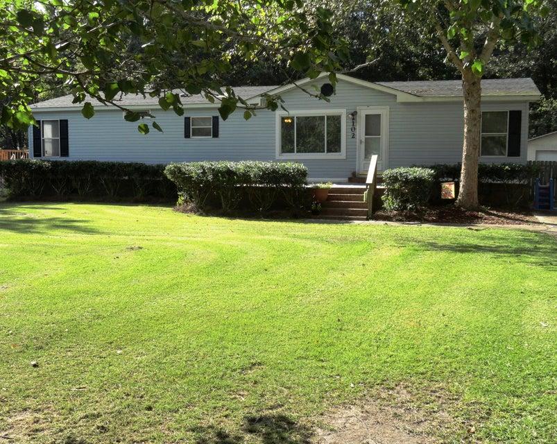 102 Dean Drive Summerville, SC 29483