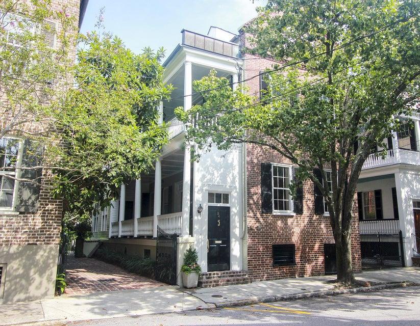 34 Hasell Street Charleston, SC 29401