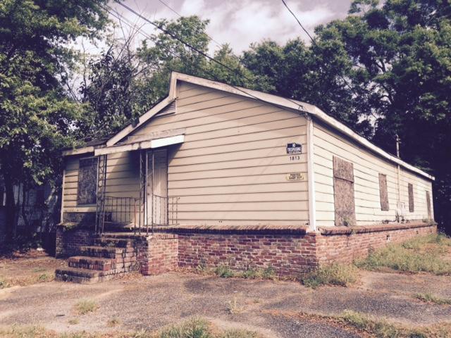 1813  Grayson North Charleston, SC 29405