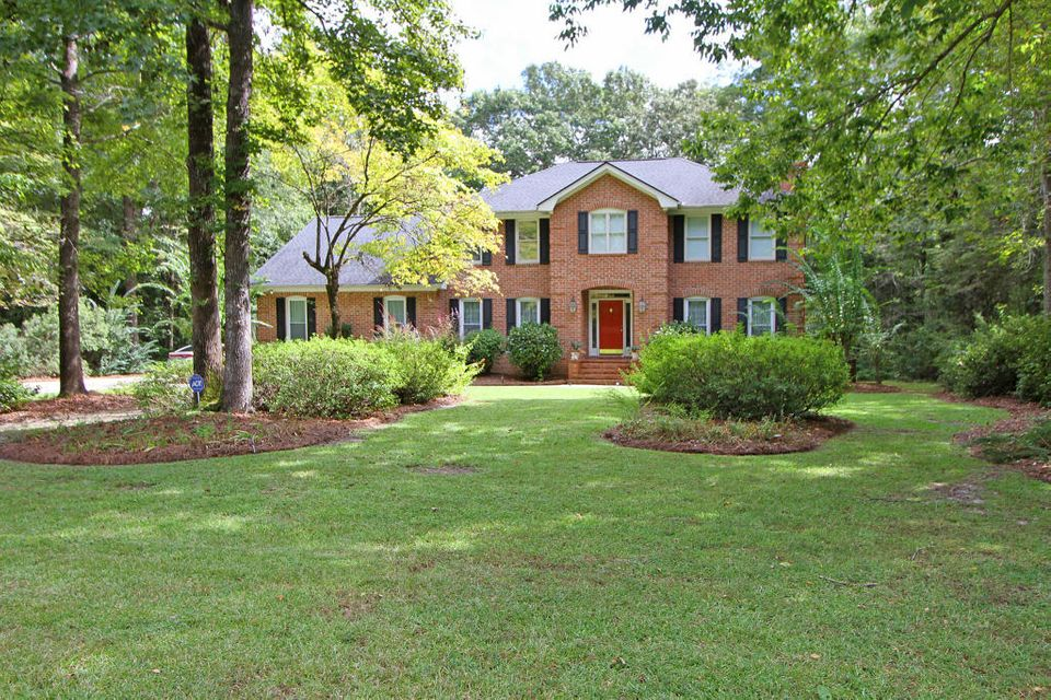 450  Barfield Drive Summerville, SC 29485