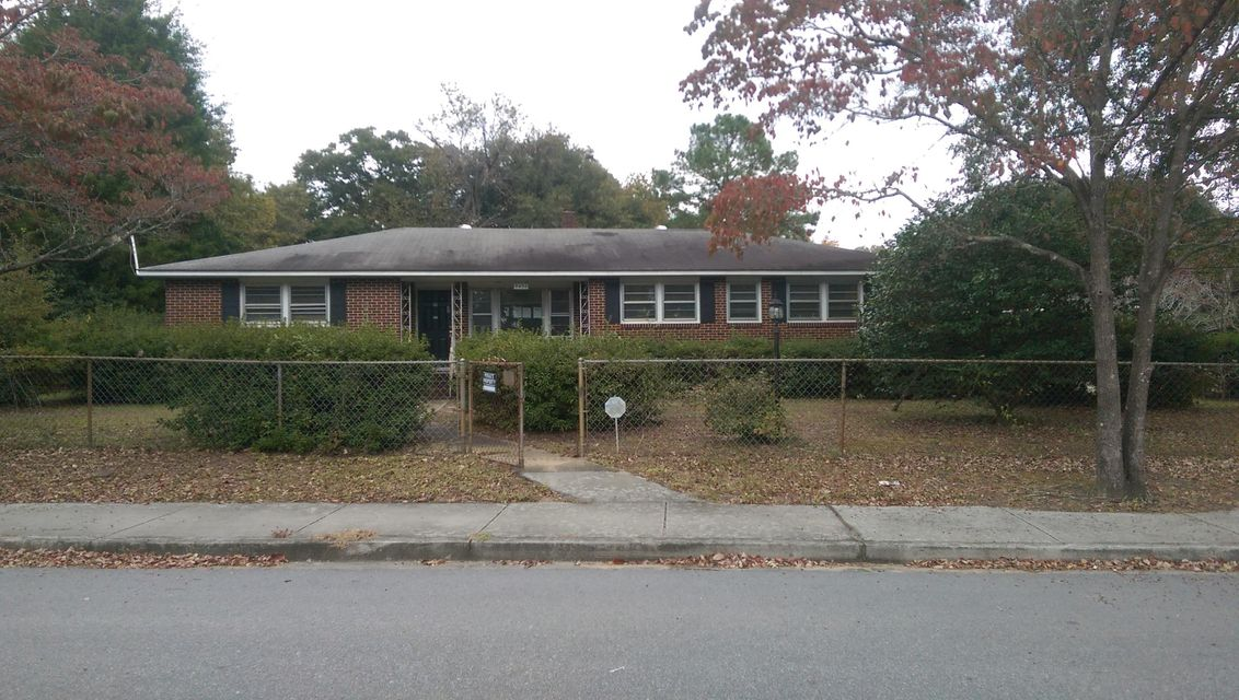 5402 Gale Avenue North Charleston, SC 29406