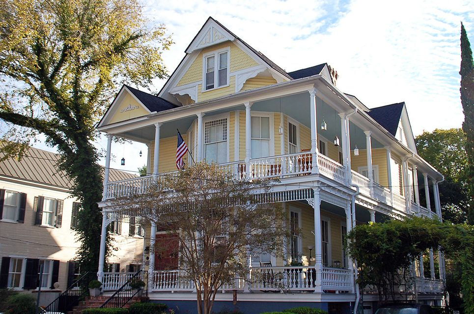 4  Rutledge Avenue Charleston, SC 29401
