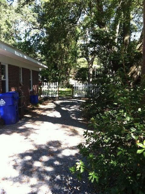 1442  Pocahontas Street Mount Pleasant, SC 29464