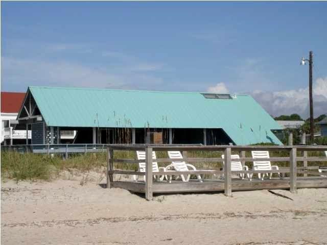 5 Courtyard Place Edisto Beach, SC 29438