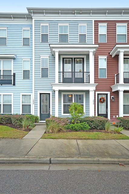 1532  Bluewater Way Charleston, SC 29414