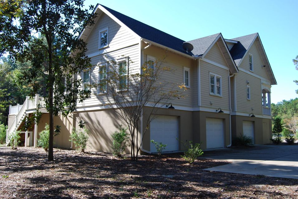 4325  Royal New Kent Court Awendaw, SC 29429