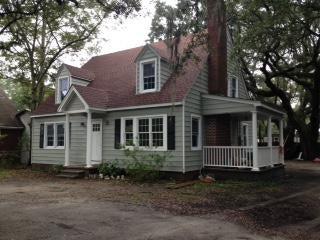 5625 Garrett Avenue North Charleston, SC 29406