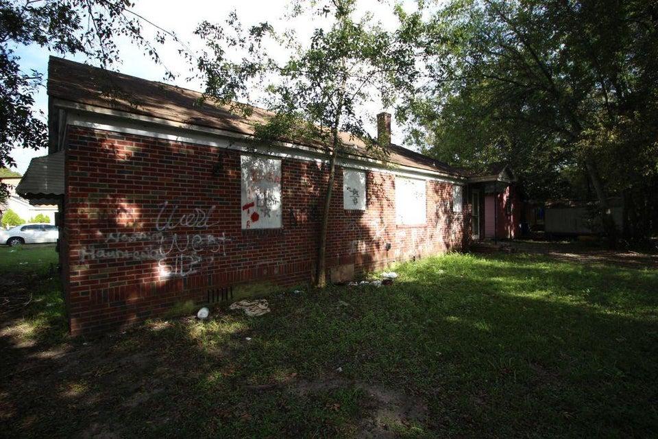 1947 Clement Avenue North Charleston, SC 29405