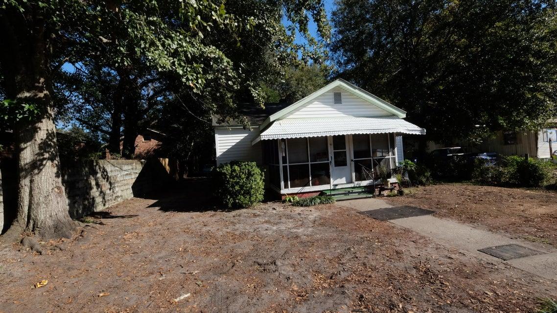 4546  Holly St. North Charleston, SC 29405