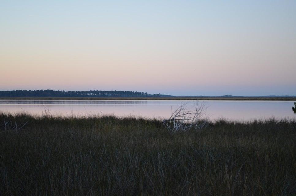 8730  Raccoon Island Road Edisto Island, SC 29438