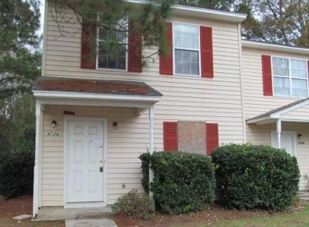 4728  Linfield Lane North Charleston, SC 29418