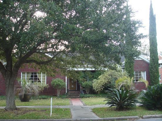 959  Ashley Avenue Charleston, SC 29403