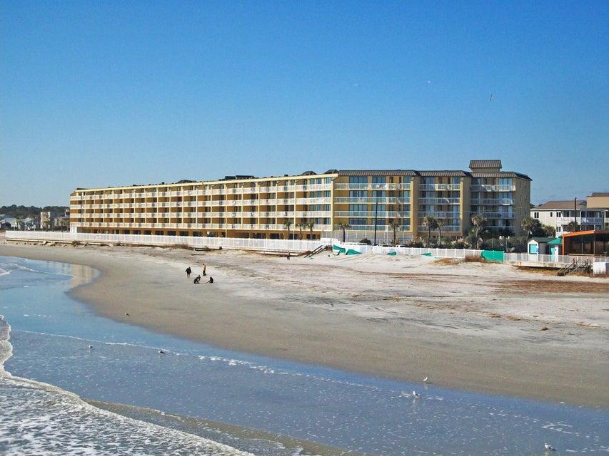 201 W Arctic Folly Beach, SC 29439
