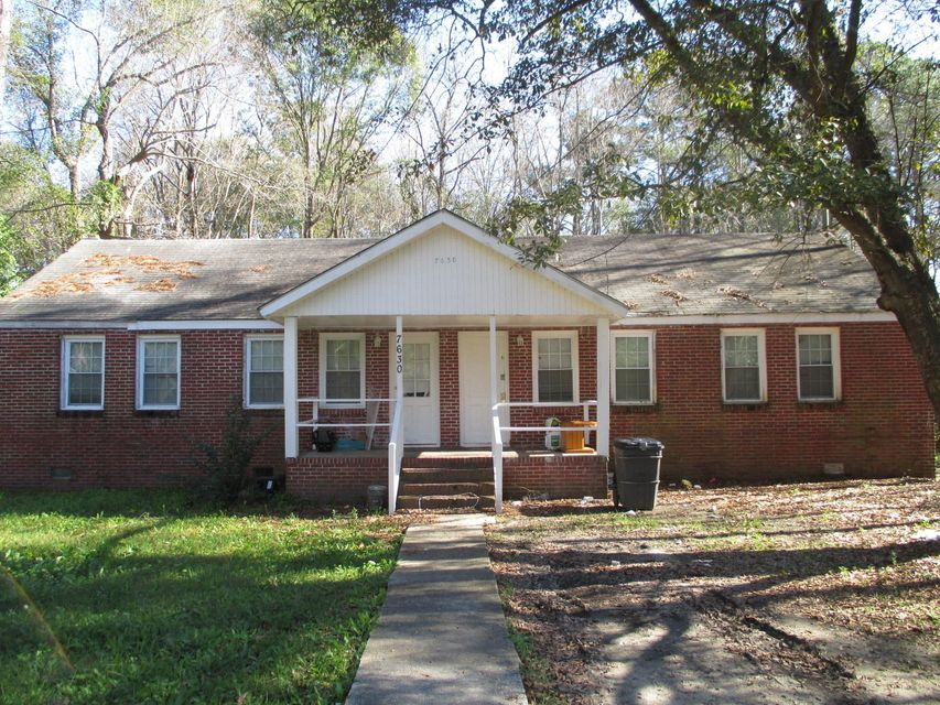 7630 E Oakridge Circle North Charleston, SC 29420