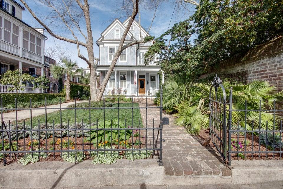 26  Lamboll Street Charleston, SC 29401