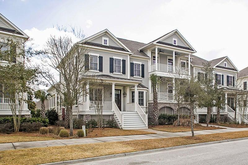 298  Island Park Drive Charleston, SC 29492