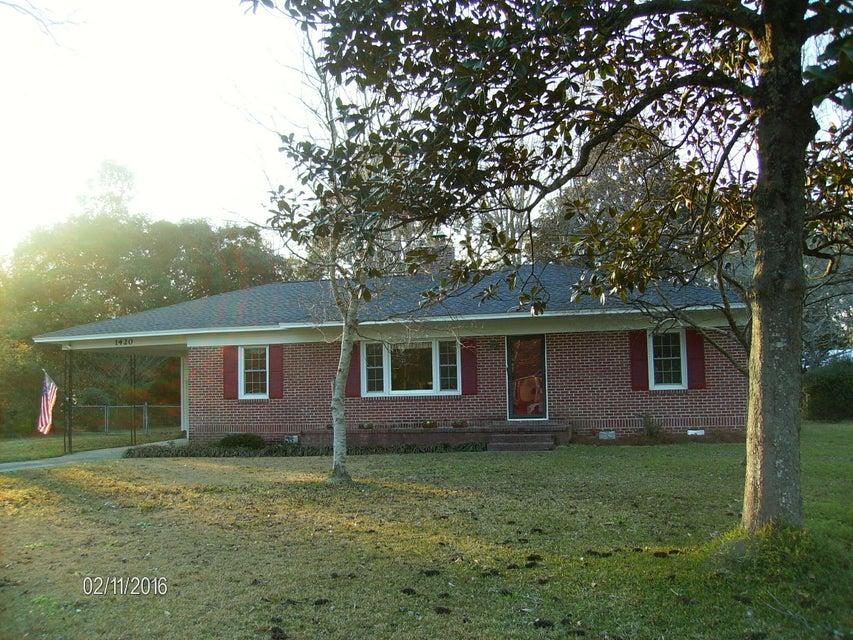 1420  Jahnz Avenue Summerville, SC 29485