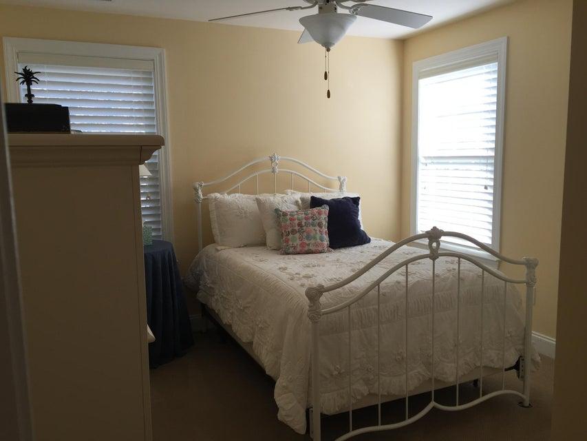 2117  Virginia Oak Court Charleston, SC 29414