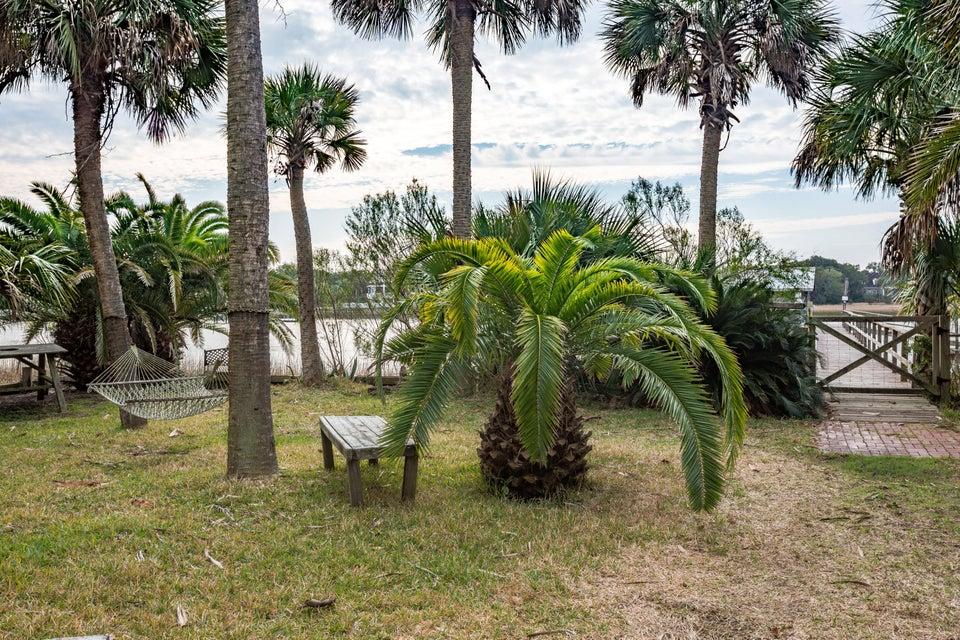 2407  Captain John Hutt Road Isle Of Palms, SC 29451