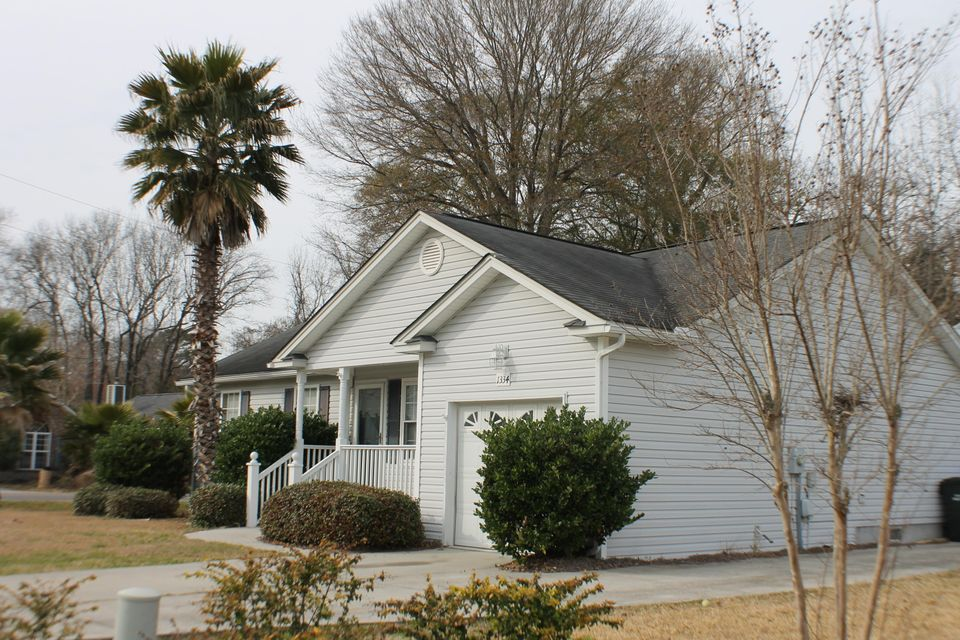 1334  Mapleton Avenue Charleston, SC 29412