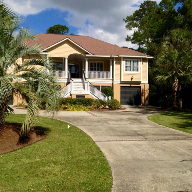 1453 Headquarters Plantation Drive Johns Island, SC 29455