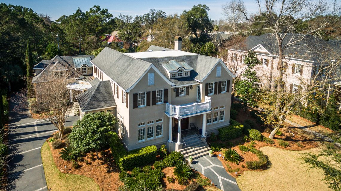 687 Olde Salt Run Mount Pleasant, SC 29464