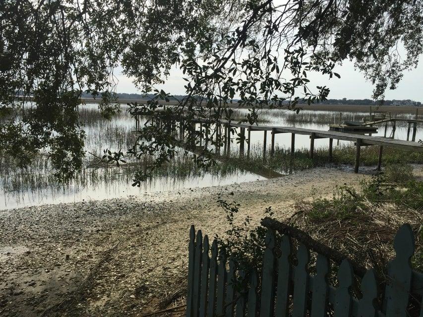 1591  Terns Nest Road Charleston, SC 29412