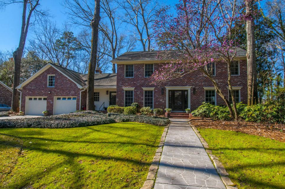 218 Lakeview Drive Summerville, SC 29485