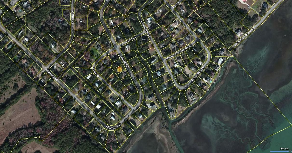 1439  Lieben Road Mount Pleasant, SC 29466