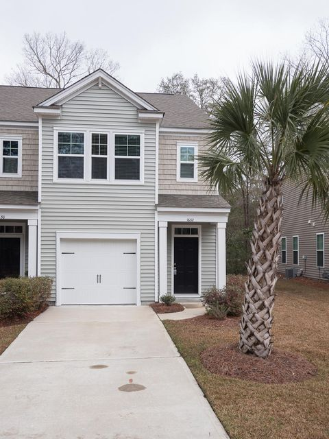 1632 St Johns Parrish Way Johns Island, SC 29455