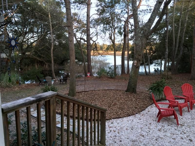 626  Hobcaw Bluff Drive Mount Pleasant, SC 29464