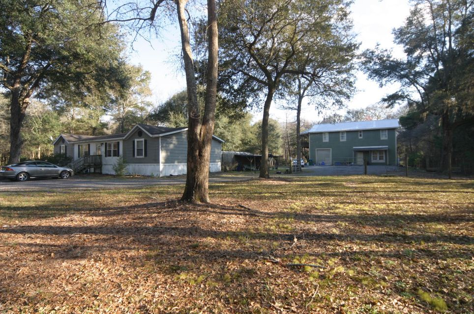 3587  Joe Wright Road Johns Island, SC 29455
