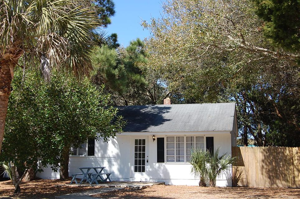 2705  Cameron Boulevard Isle Of Palms, SC 29451